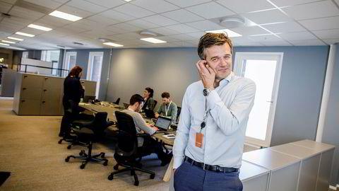 Vipps-sjef Rune Garborg har ingen god forklaring på hvorfor mobilselskapene har vendt tommelen ned for BankID, på tross av at det ikke ville koste dem mer enn 46 øre per kunde som skifter abonnement eller sim-kort.