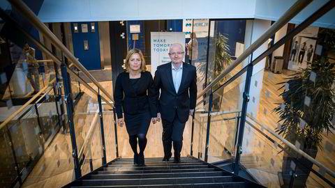 Leder av Wealth i Mercer Norge, Annabell Siem Mathiesen og daglig leder Per Myklestu må se at Norge faller nedover på rankingen over land med de beste pensjonssystemene.