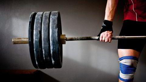 Trener ekstremt. Mange presser seg lenger og løfter tyngre enn de burde. Det kan føre til livstruende sykdom.                    Foto: