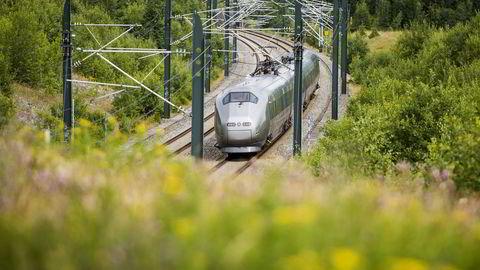 Flytoget tas ikke ut i streik, etter partene i meglingen ble enige fire timer på overtid.                    Foto: Fredrik Varfjell /