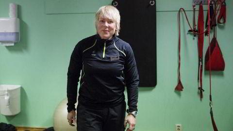 Personlig trener Merete Hornnes ved Nimi i Oslo trener kunder som er blitt sendt til henne etter behandling hos stedets fysioterapeuter. Foto: Per Thrana
