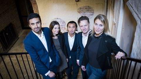 MAKROPANELET: Fra venstre: Shakeb Syed, Camilla Viland, Olav Chen, Bjørn-Roger Wilhelmsen og Erica Blomgren. FOTO: Skjalg Bøhmer Vold