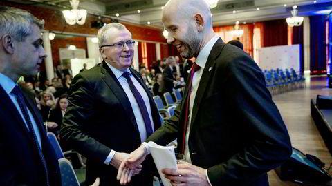F.v Konsernsjef Eldar Sætre i og olje-og energiminister Tord Lien på oljeindustripolitisk seminar 2016 i Sandefjord tirsdag. Foto: Fartein Rudjord