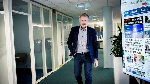 Nettavisens sjefredaktør, Gunnar Stavrum, går opp i lønn. Avisen som helhet faller på både omsetning og resultat.
