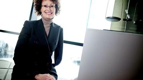 Forsker Anne Grethe Solberg ved Høyskolen i Oslo og Akershus kaller funnene oppmuntrende, men ser ikke en klar sammenheng mellom kvinneandel i ledelsen og bedriftens økonomiske resultater.