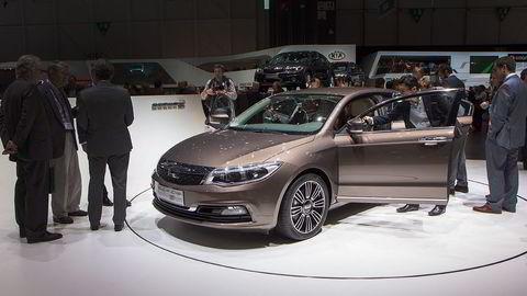 Her står den kinesiske bilen Qoros 3 på bilutstillingen i Geneve tidligere i år.