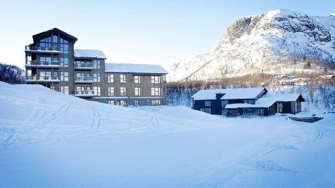 Midt i Hemsedal bygger utbygger Erik Teigen gigantprosjektet Skigaarden. Når prosjektet er ferdig, skal det stå 12 leilighetsbygg på tomten. Foto: Rasmus Werner