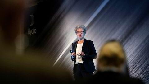 Hydro-toppsjef Hilde Merete Aasheim varslet flere kraftige omlegginger av konsernet tirsdag.