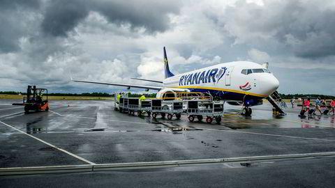 Fredag går kabinansatte i Ryanair ut i streik.