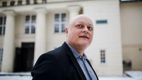 – Målet med anbefalingen er primært å unngå at de som selger fond kommer i en interessekonflikt med dem som skal kjøpe fondet, sier Jorge Jensen, fagdirektør for finans i Forbrukerrådet.