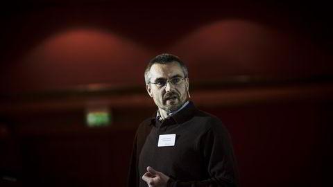 Førsteamanuensis Genaro Sucarrat ved Handelshøyskolen BI står bak Prognoseprisen til Samfunnsøkonomenes forening. Foto: Gunnar Bløndal