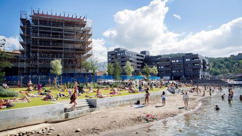 Før siste innflytting på Sørenga skjer i første kvartal neste år, står foreløpig kun 23 leiligheter uten eier, forteller boligutvikler Espen Pay. Foto: