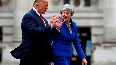 USAs president Donald Trump og britenes statsminister Theresa May i London tirsdag.