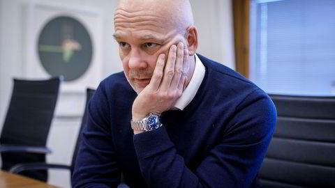 NRK-sjef Thor Gjermund Eriksen får kritikk for statskanalens økonomi.