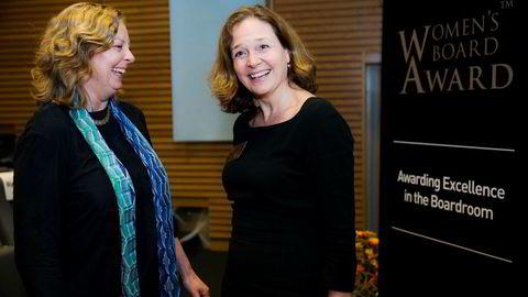 Berit Svendsen (til venstre) og Hilde M. Tonne snakker om årene i Telenors toppledelse i ny bok. Det samme gjør Kristin Skogen Lund. Her er Svendsen og Tonne sammen i 2014.