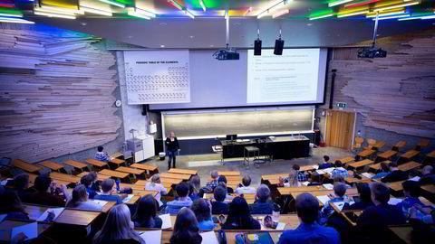 Dynamisk inkonsistens setter sine spor i studenters klagesang såvel som flyktningpolitikkens svingninger. Foto: Ole Morten Melgård
