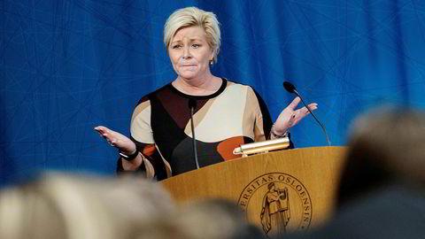 Finansminister Siv Jensen har strammet inn reglene for forbrukslånsbankene.