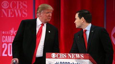 Presidentkandidatene Donald Trump (t.v.) og Marco Rubio under debatten i CBS News natt til søndag. Foto: Spencer Platt/Getty Images/AFP/NTB SCANPIX