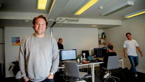 Kreativ leder Simen Idsøe Eidsvåg i Sesong 1 er i gang med utviklingen av «Fantasy Music Manager». – Spillet har følelse og det har konkurranse. Jeg tror det kan skape et stort engasjement, sier han.