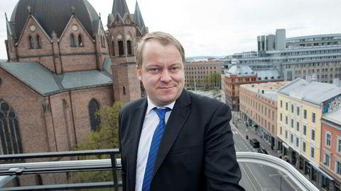 Stortingsrepresentant Erlend Wiborg fra Frp sier det er femti -femti om partiet fortsatt sitter i regjering til høsten.