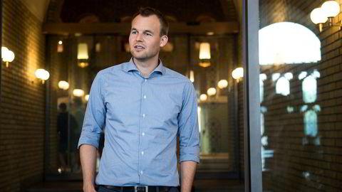 KrF-nestleder Kjell Ingolf Ropstad forsvarer regionreformen og vil ha nye oppgaver overført til fylkene.