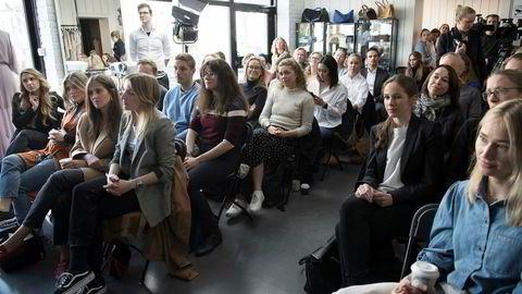 I fjor satte klesutleietjenesten Fjong i gang en folkefinansieringskampanje rettet mot kvinner. De lyktes med å få mer enn 100 kvinner til å registrere seg som investorer, skriver innleggsforfatteren.