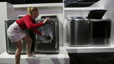 USAs president Donald Trump har ilagt sørkoreanske vaskemaskinprodusenter straffetoll på inntil 50 prosent. Import av kinesiske solcellepaneler straffes også.