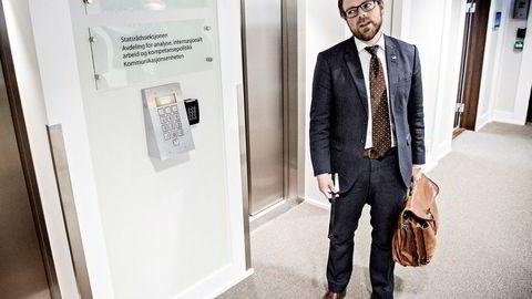 Et flertall i kontrollkomiteen på Stortinget slår fast at kunnskapsminister Torbjørn Røe Isaksen (H) og Kunnskapsdepartementet har opptrådt kritikkverdig i Westerdals-saken.
