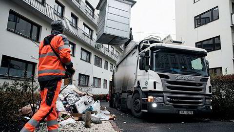 Slik så det ut i deler av Oslo høsten 2016 da det private selskapet Veireno overtok renovasjonen i Oslo. Lærdommen etter søppelkaoset bør være bedre anbudsprosesser, ikke at konkurranseutsetting er fy fy.