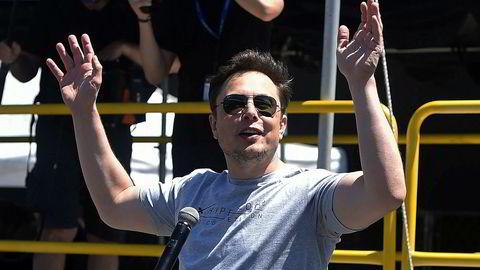 Tesla-gründer Elon Musk vil også revolusjonere kollektivtransport. Den første tunnelen for underjordisk høyhastighets persontransport er nå ferdig utgravd.