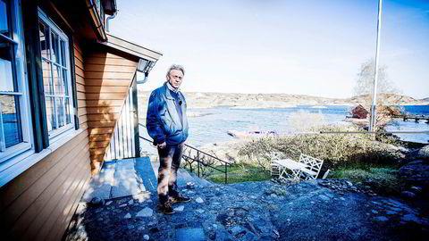 Tilbudet i høyere prisklasser ligger an til å bli mindre enn markedet er klart til å absorbere, sier Jørgen Erland Pettersson i Krogsveen Tønsberg. Snart legger han denne 5,7 mål store strandeiendommen på Tjøme ut for salg, for rundt ti millioner kroner. Foto: Alexander Svanberg