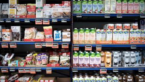 Prisveksten var lavere enn ventet i januar. Prisen på matvarer steg med 2,6 prosent i januar.