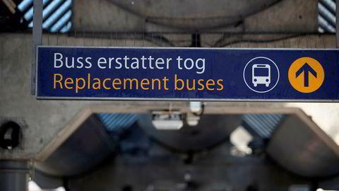 I dag parkerer Bane Nor Buss for tog, og gjenopptar vanlig togtrafikk på Østfoldbanen og Drammenbanen.