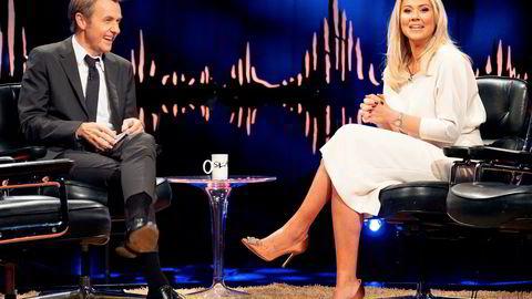Fredrik Skavlan var lenge en av Norges mest sette talkshow-programledere. Her sammen med bloggeren Isabella Löwengrip fra fredagens sending.