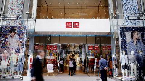 Det dukker opp Uniqlo-utsalg i storbyer over hele verden. Omsetningen og resultatene har skutt i været for det japanske eierselskapet Fast Retailing. Selskapet er blitt mer verdt enn den svenske konkurrenten H&M.