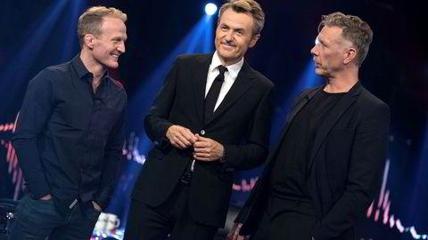 Fredrik Skavlan (midten) sammen med bryter Stig-André Berge (til venstre) og skuespiller Mikael Persbrandt.