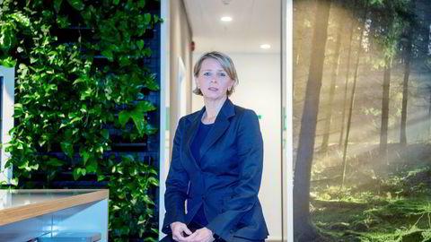 Karoline Nystrøm i Schneider Electric mener både staten og næringslivet må økeengasjementet for miljø.