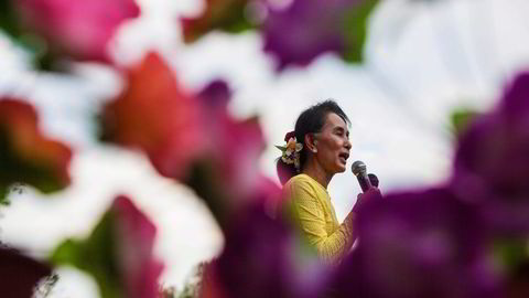 Valgvinner Aung San Suu Kyi står foran en tøff oppgave i et fattig, konfliktfylt land midt i et geopolitisk spenningsfelt. Foto: Lauren DeCicca,