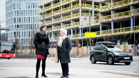 Byutviklingsbyråd Hanna E. Marcussen (t.v.) og direktør Ellen de Vibe i Plan- og bygningsetaten oppretter nå en «fast track-avdeling» som skal få fart på boligbyggingen i Oslo.