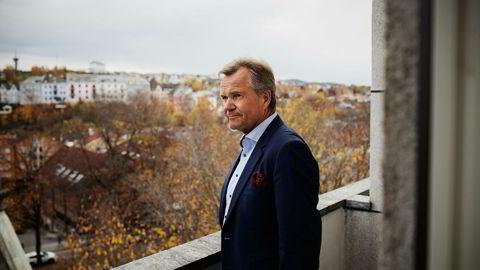 Sparebank 1 SMN-sjef Finn Haugan reagerer på at banken får et nytt kapitalkrav i fanget når aktørene hadde ventet på å få større konkurranseevne mot utenlandske banker. Derimot venter ikke banken at det totale kapitalbehovet blir endret.