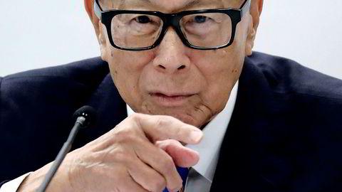 Den Hongkong-baserte mangemilliardæren og tidligere styrelederen i CK Hutchison, Li Ka-shing, er blant dem som er hardest rammet av børsfallet etter uroen i Hongkong.
