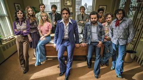 Retro-tv. I HBOs TV-serie Vinyl får vi et innblikk i den dop- og sex -infiserte platebransjen i New York på 1970-tallet. Serien bygger på en ide Mick Jagger hadde allerede på 1990-tallet.