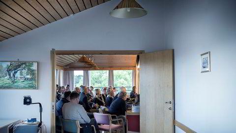 I lys av sakene i Tjøme kommune er det grunnlag for å hevde at kommunens praksis til dels kan tilskrives Kommunal- og moderniseringsdepartementets ukorrekte lovtolkning. Her fra formannskapsmøtet 20. september.