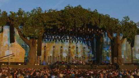Perfeksjonist. Frontmann Robert Smith traff solnedgangen perfekt i Hyde Park i fjor. Senere i sommer opptrer han og resten av The Cure på Øyafestivalen.