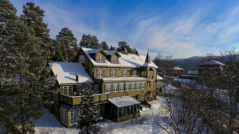 Selgeren av har brukt årevis på å oppgradere Geilo Høifjelds Pensionat i sin anglofile stil. Foto: Fotograf Uthus