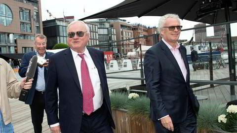 Det John Fredriksen-dominerte riggselskapet Seadrill har inngått en såkalt «forbearance agreement» med enkelte kreditorer. Tre leasingavtaler kan skape trøbbel. Her fra Fredriksens 75-årsdag i Oslo.