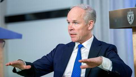 Finansminister Jan Tore Sanner og byråkratene i Finansdepartementet har jobbet raskt, men de økonomiske tiltakene mot korona trenger en evaluering.