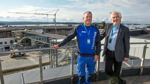 Tillitsvalgt Knut Kjærland og styreleder Arthur Brunvoll i Molde-bedriften Brunvoll kjemper side om side for å fjerne formuesskatten.