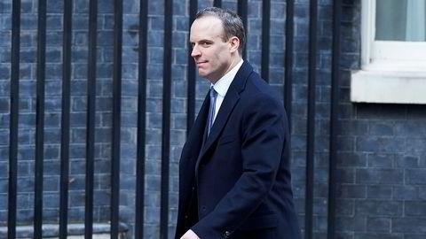 Boligminister Dominic Raab (44) blir ny brexitminister.