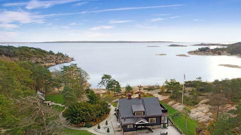 Tore Tidemandsen selger gigantisk strandeiendom med 700 meter strandlinje i Fredrikstad kommune. Prislappen er på 38 millioner kroner.